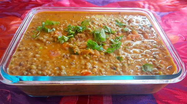 coconut mung bean curry